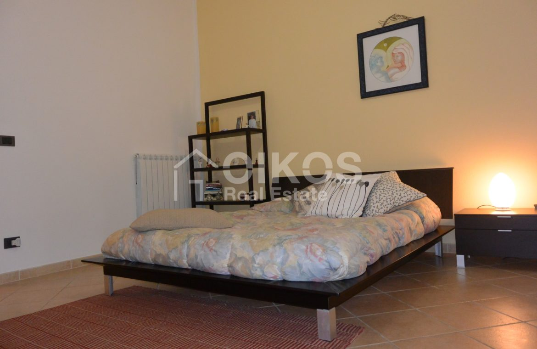Appartamento ristrutturato in via Aurispa 8