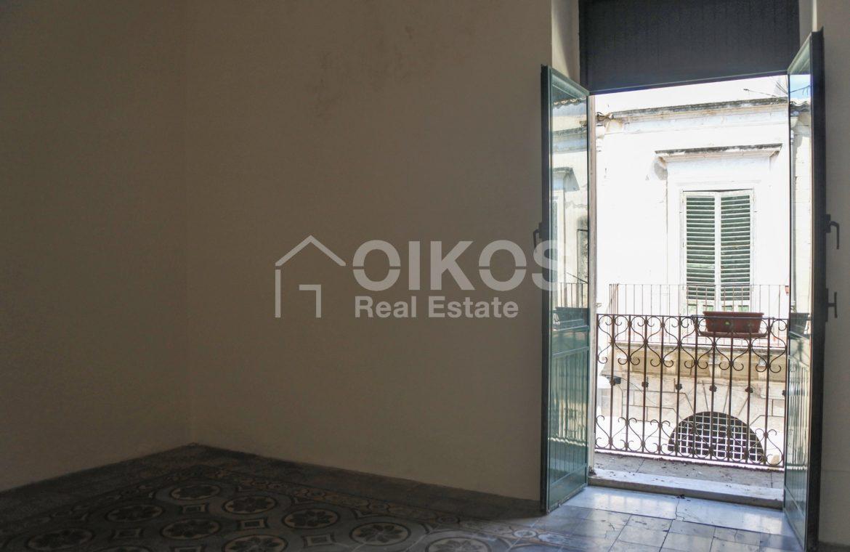 Elegante Appartamento storico in via Ducezio 10