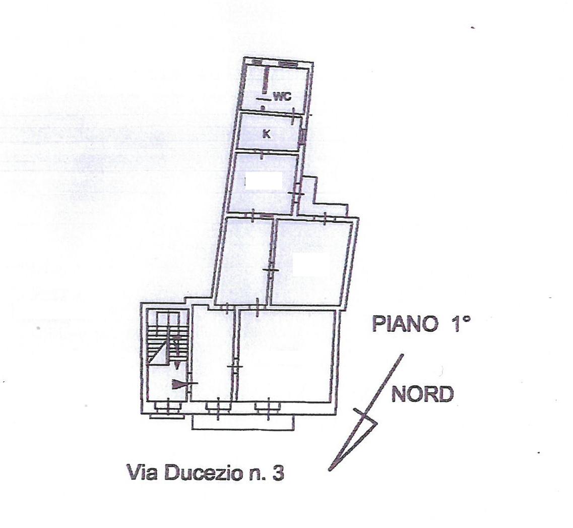Elegante Appartamento storico in via Ducezio 21