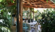Villa Baia fronte mare con dependance 17