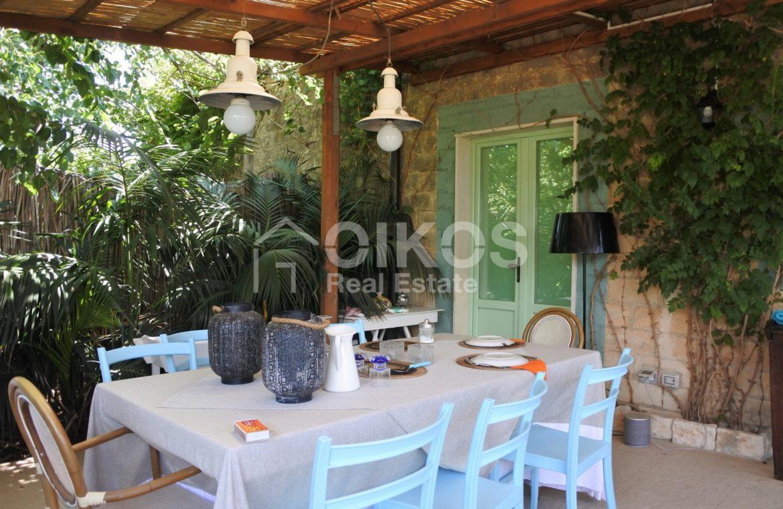 Villa Baia fronte mare con dependance 19