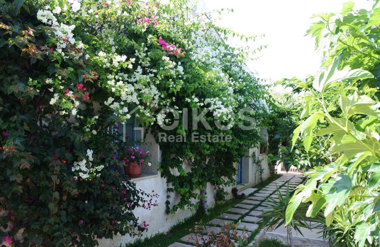 Villa Baia fronte mare con dependance 4