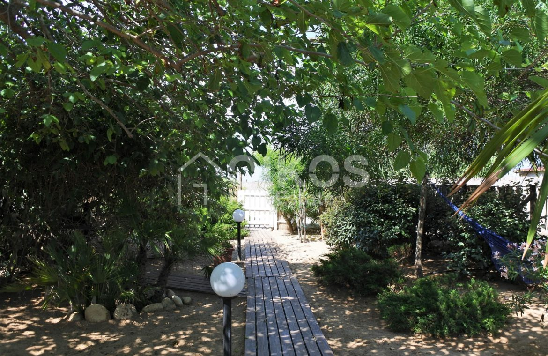 Villa Baia fronte mare con dependance 6