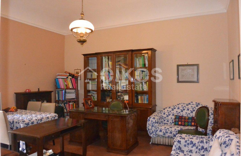 Luminoso appartamento in via Napoli 5