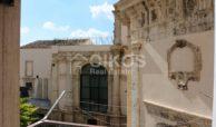Palazzo dei Padri Crociferi in via Cavour 3