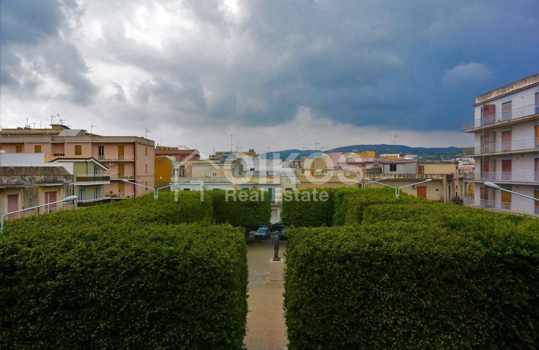 Appartamento primo piano difronte piazza Bolivar (4)