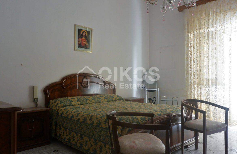 Appartamento primo piano difronte piazza Bolivar (5)