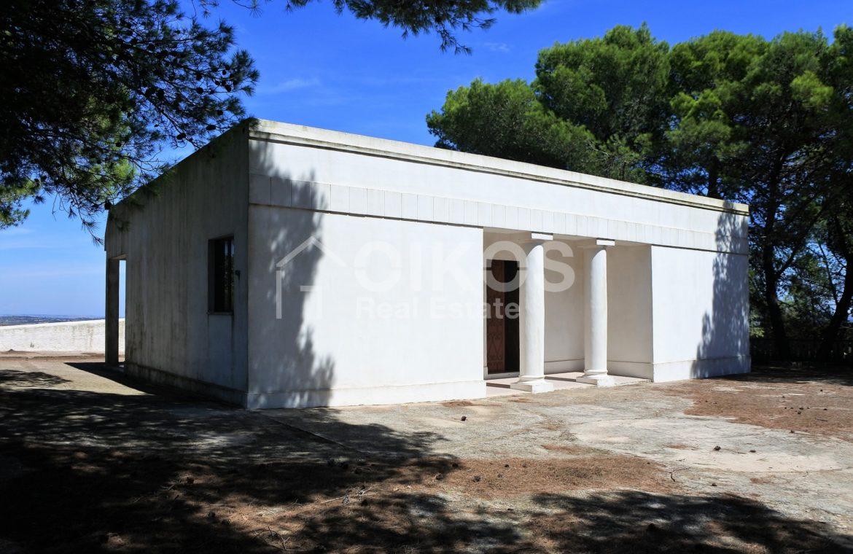 Villa con pineta e piscina (2)