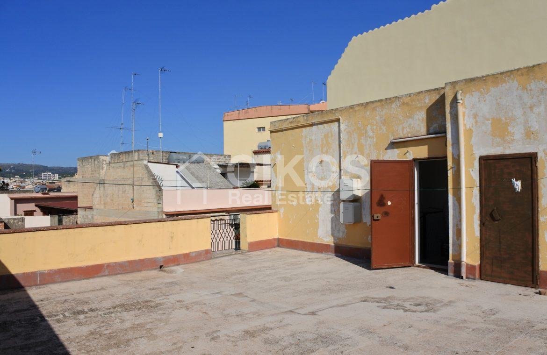 immobile con due unità abitative e terrazzo 19