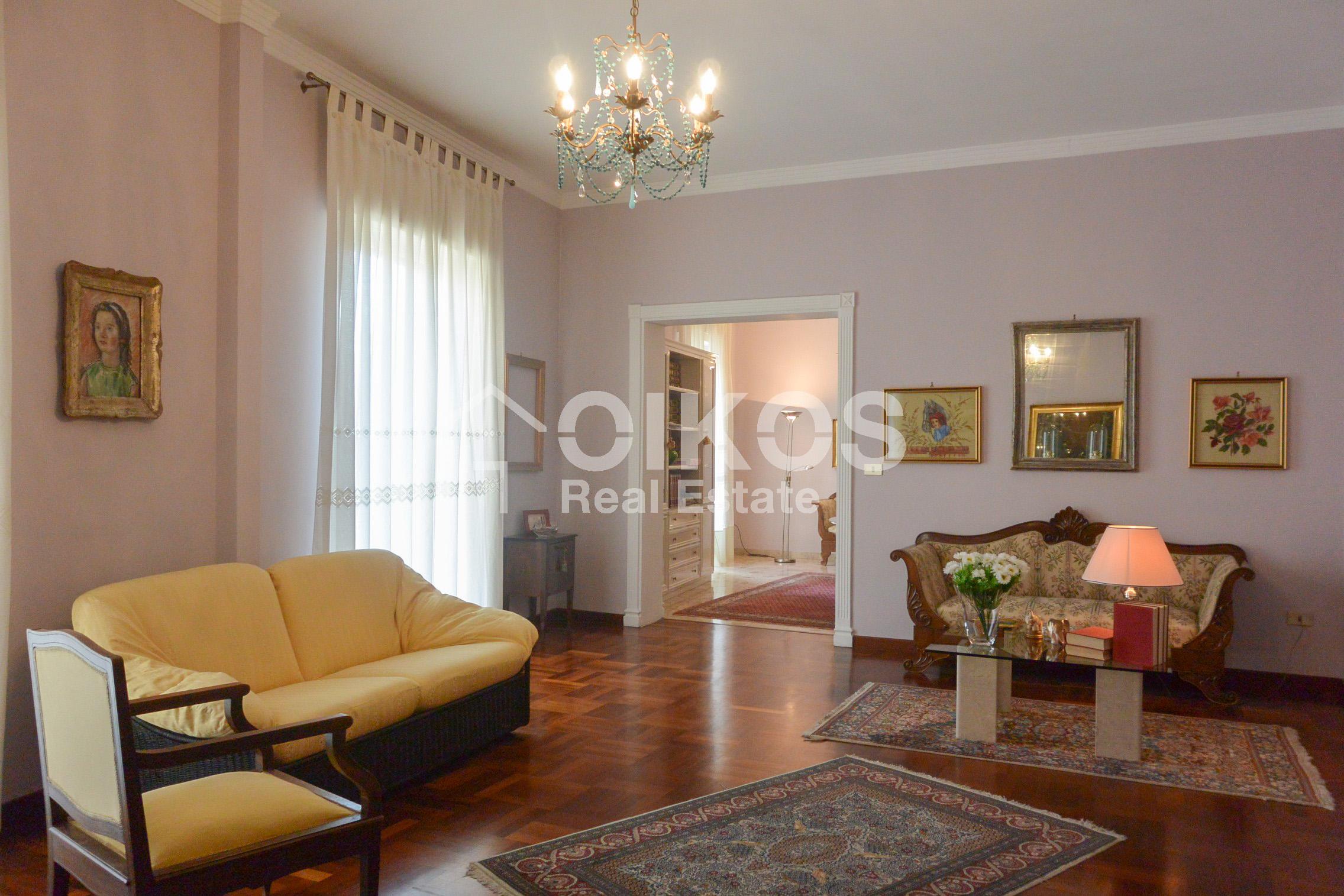 Appartamento con garage in via Vespucci 03