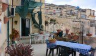 Casa con terrazzo e vista panoramica in via Digione 12