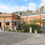 Centralissima casa con ampio terrazzo e giardino 8