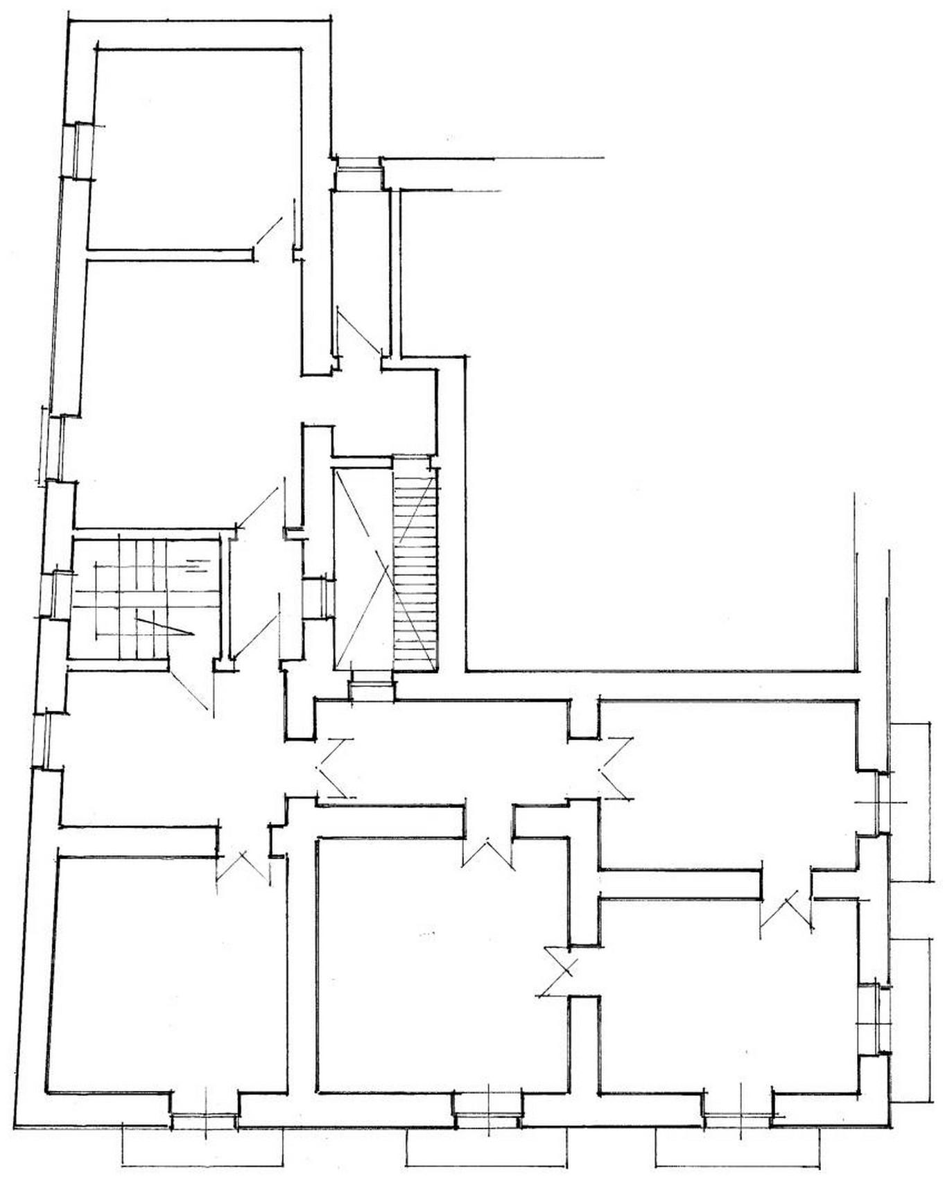 Elegante palazzetto Liberty in zona Crocifisso 24