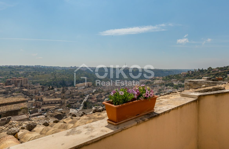 Casa con terrazzino e vista panoramica 6