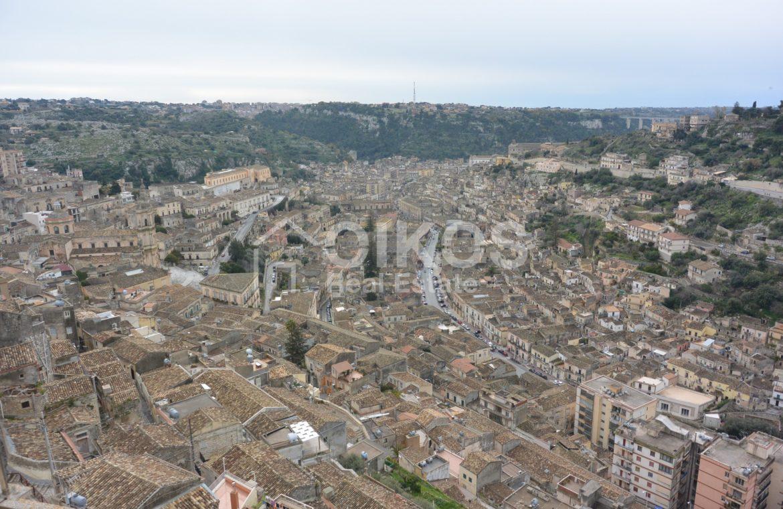 Casa con terrazzino e vista panoramica 7