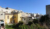 Casa singola con terrazzo e garage 4