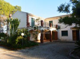Villa in Noto con parco e vista panoramica 2