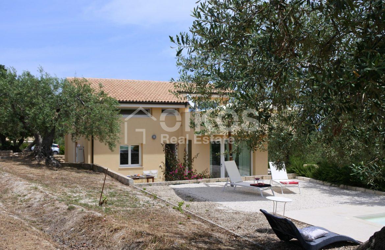 Villa tra gli ulivi (23)