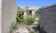 Antico caseggiato rurale con ampio terreno 5