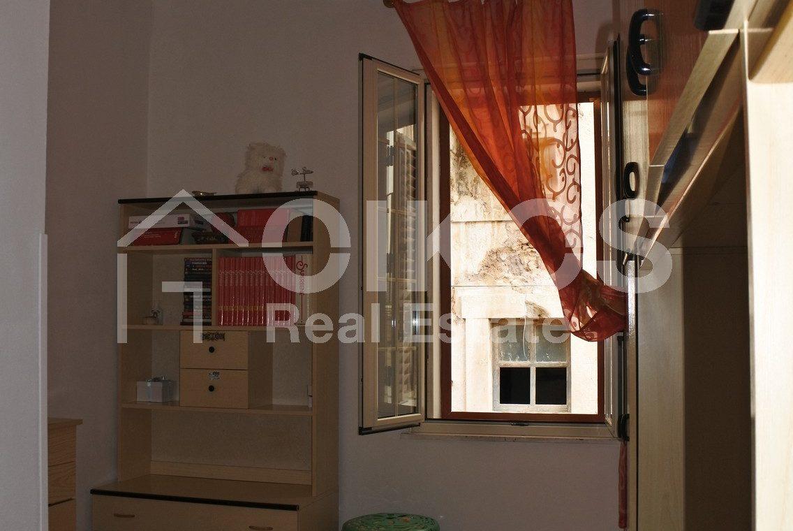 Casa indipendente con terrazzo coperto 13