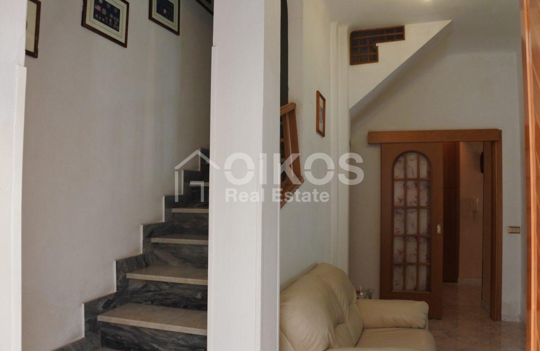 Casa indipendente con terrazzo coperto 8