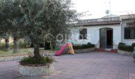 Villa con giardino e dependance 2