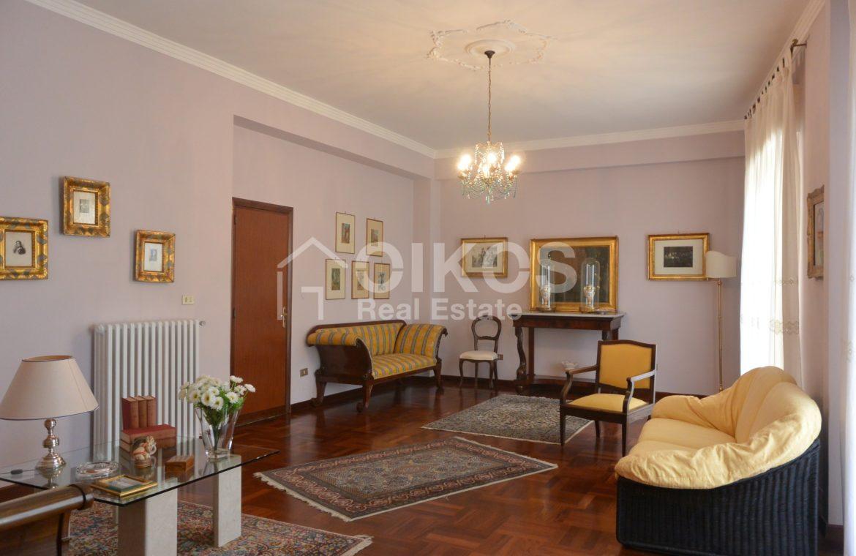 Appartamento con garage in via Vespucci 02