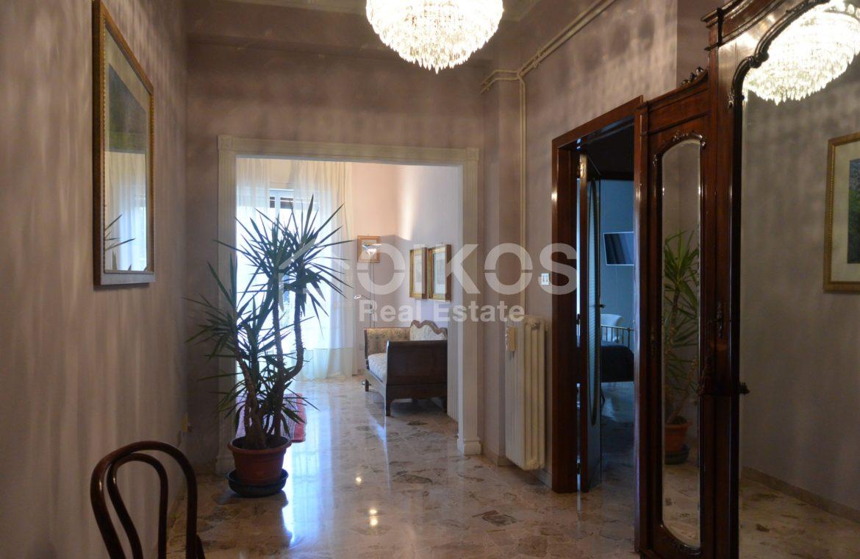 Appartamento con garage in via Vespucci 08