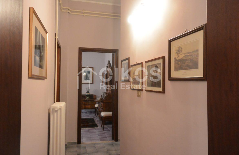 Appartamento con garage in via Vespucci 09