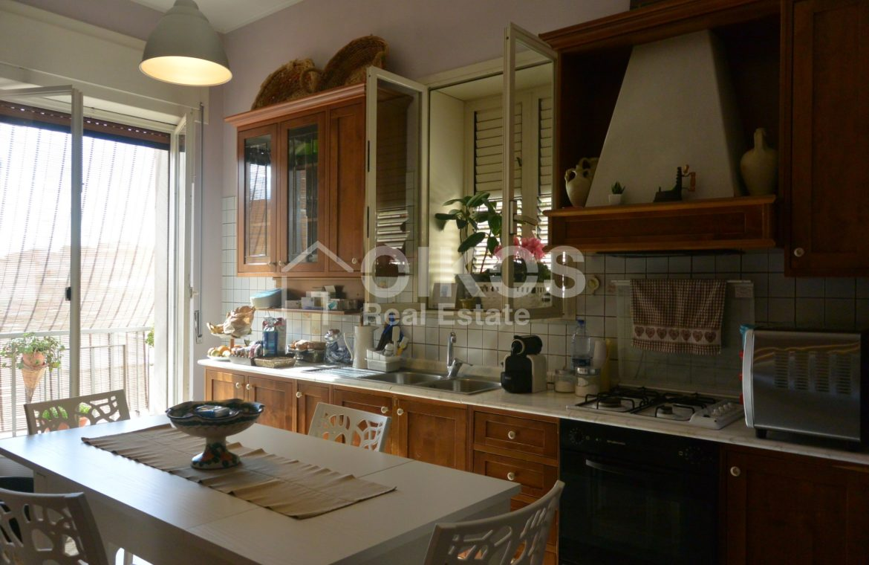Appartamento con garage in via Vespucci 10