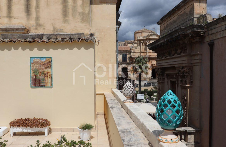 Appartamento con terrazzzo panoramico 03