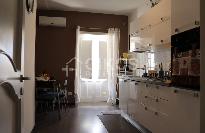 Appartamento con terrazzzo panoramico 08