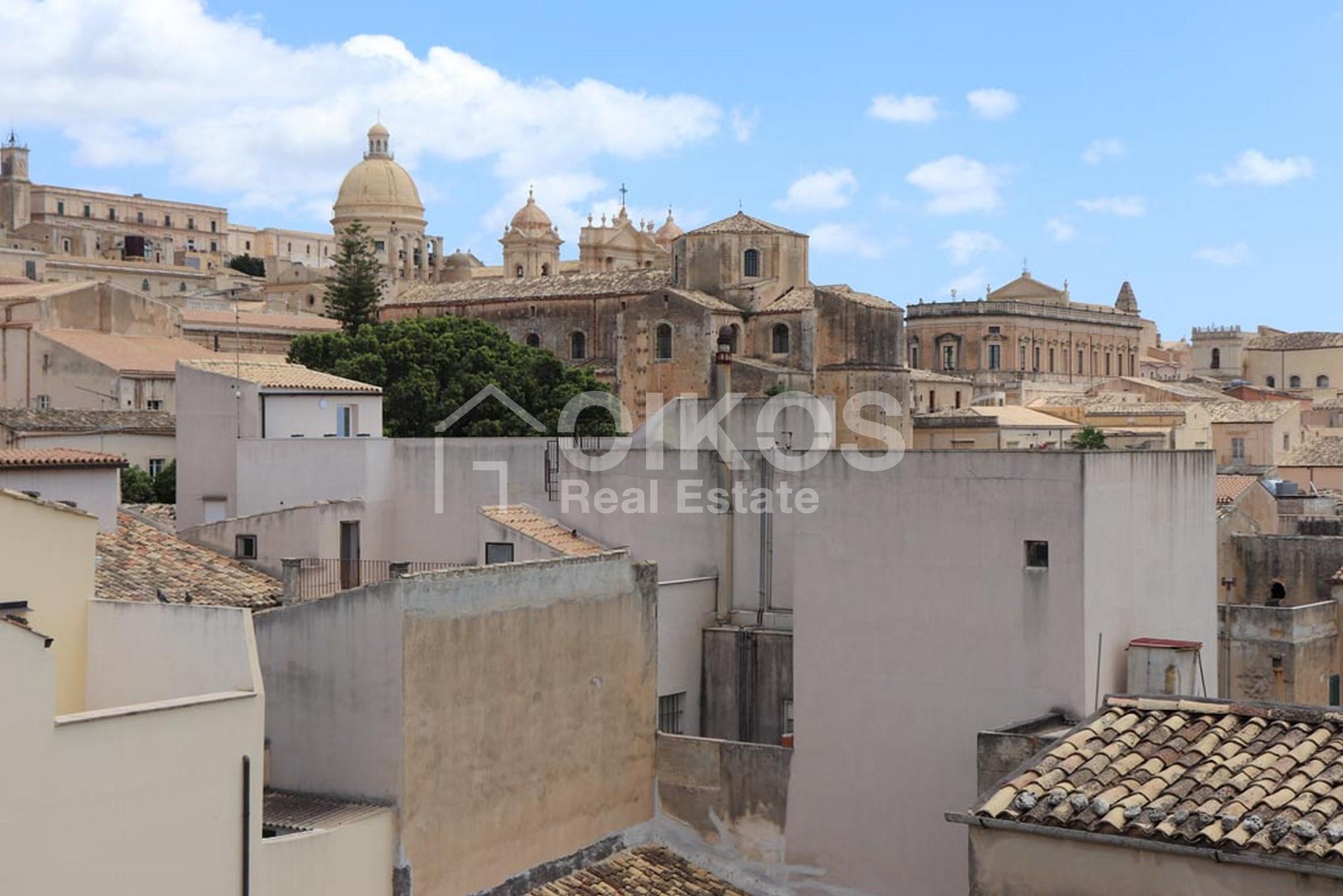 Appartamento con terrazzo centro storico 4