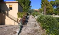 Villa indipendente con giardino c da Baronazzo 03
