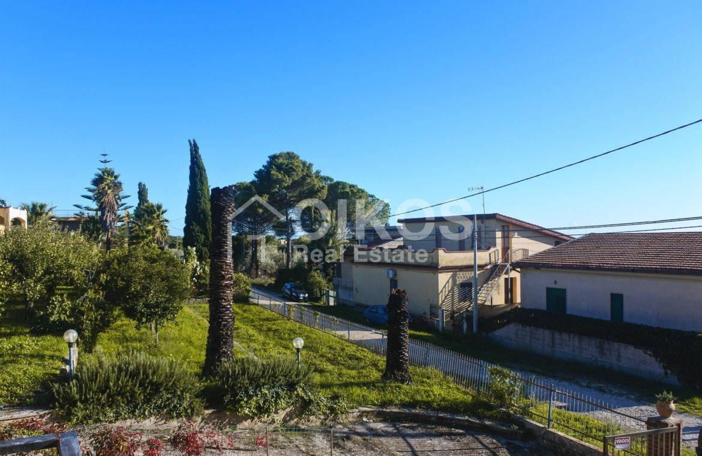 Villa indipendente con giardino c da Baronazzo 13