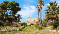 Antica fortezza in Val di Noto 01