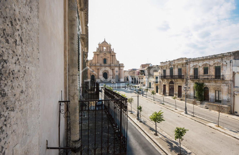 Antico palazzo nobiliare a Ispica 04