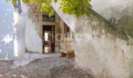 Casa con giardino in via P Umberto 13