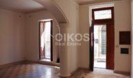 Casa singola con cortile in via Rocco Pirri 3