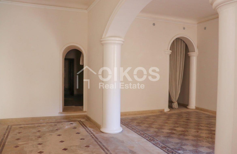 Casa singola con cortile in via Rocco Pirri 5