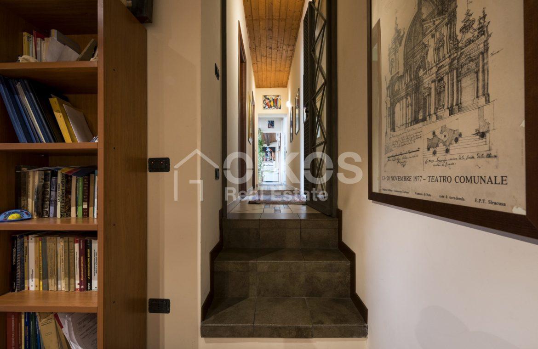 Palazzo Genovesi 13