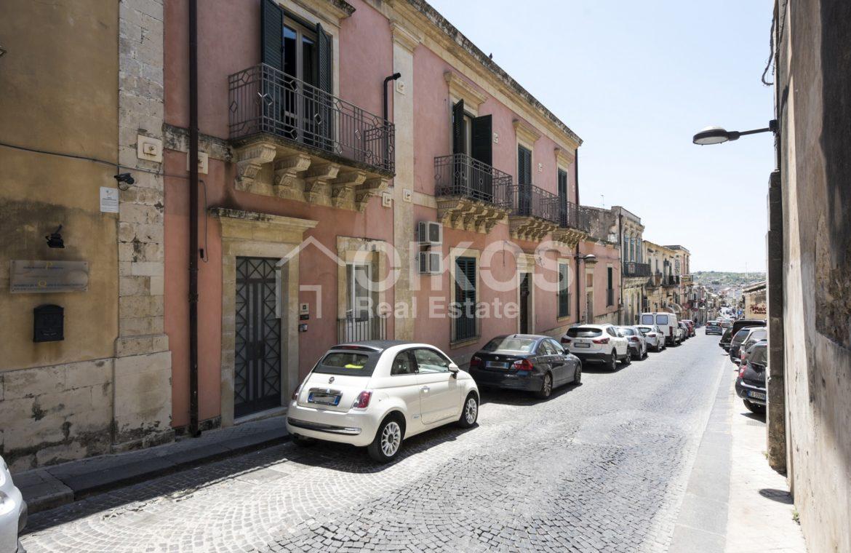 Palazzo Genovesi 43