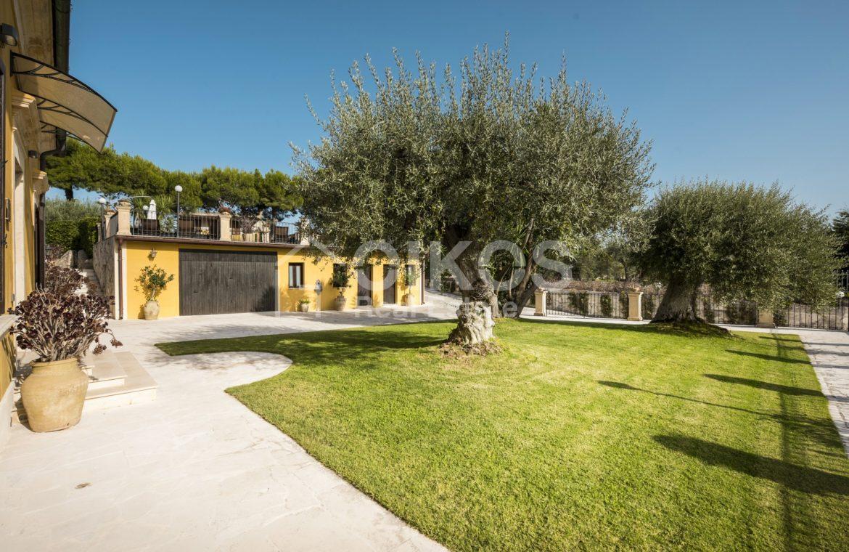 Villa con piscina a San Corrado F M 05