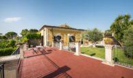 Villa con piscina a San Corrado F M 06