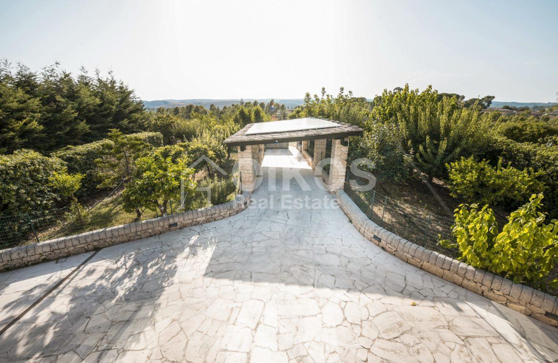 Villa con piscina a San Corrado F M 07