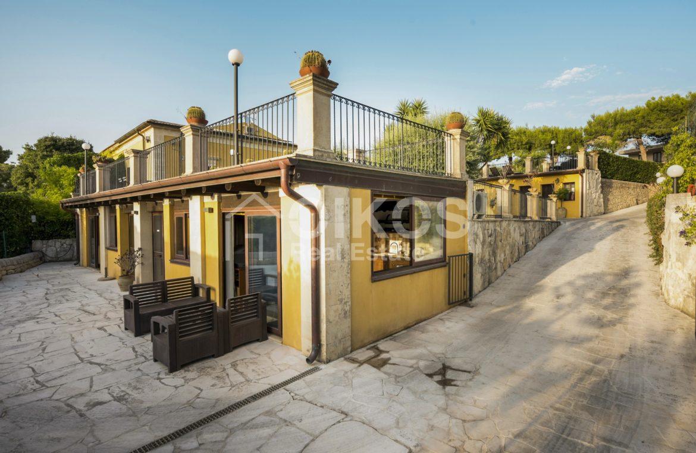 Villa con piscina a San Corrado F M 23
