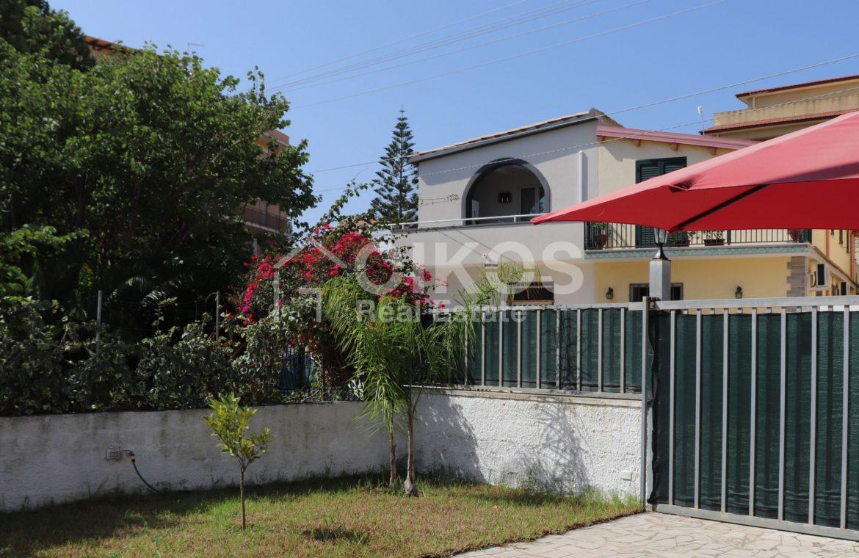 Villetta con giardino a lido di Noto02