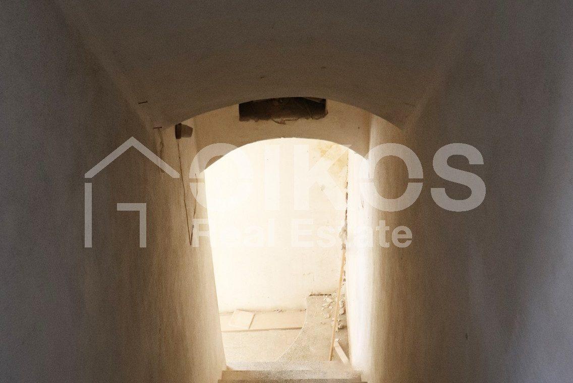 Casa con terrazzo al Crocifisso 13