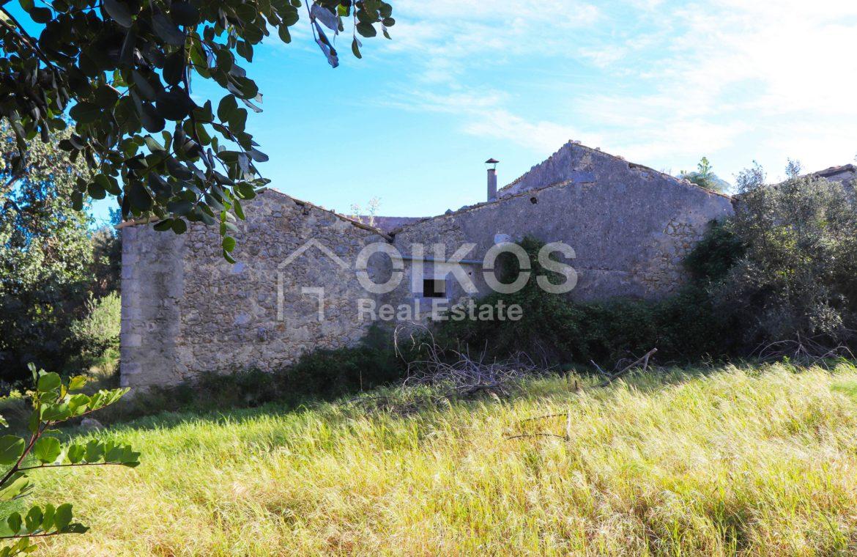 Antico casale in collina 19