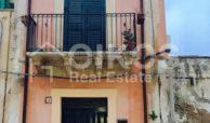Casetta Liberty al centro storico 02